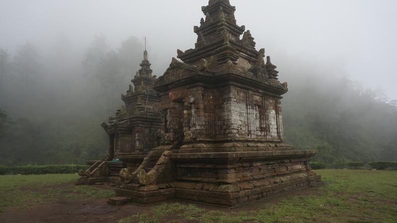 Semarang Pesona Candi Gedong Songo Dibalik Kabut Kab