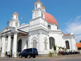 21 Tempat Wisata Semarang Tak Dilewatkan Yuk Piknik Gereja Blenduk