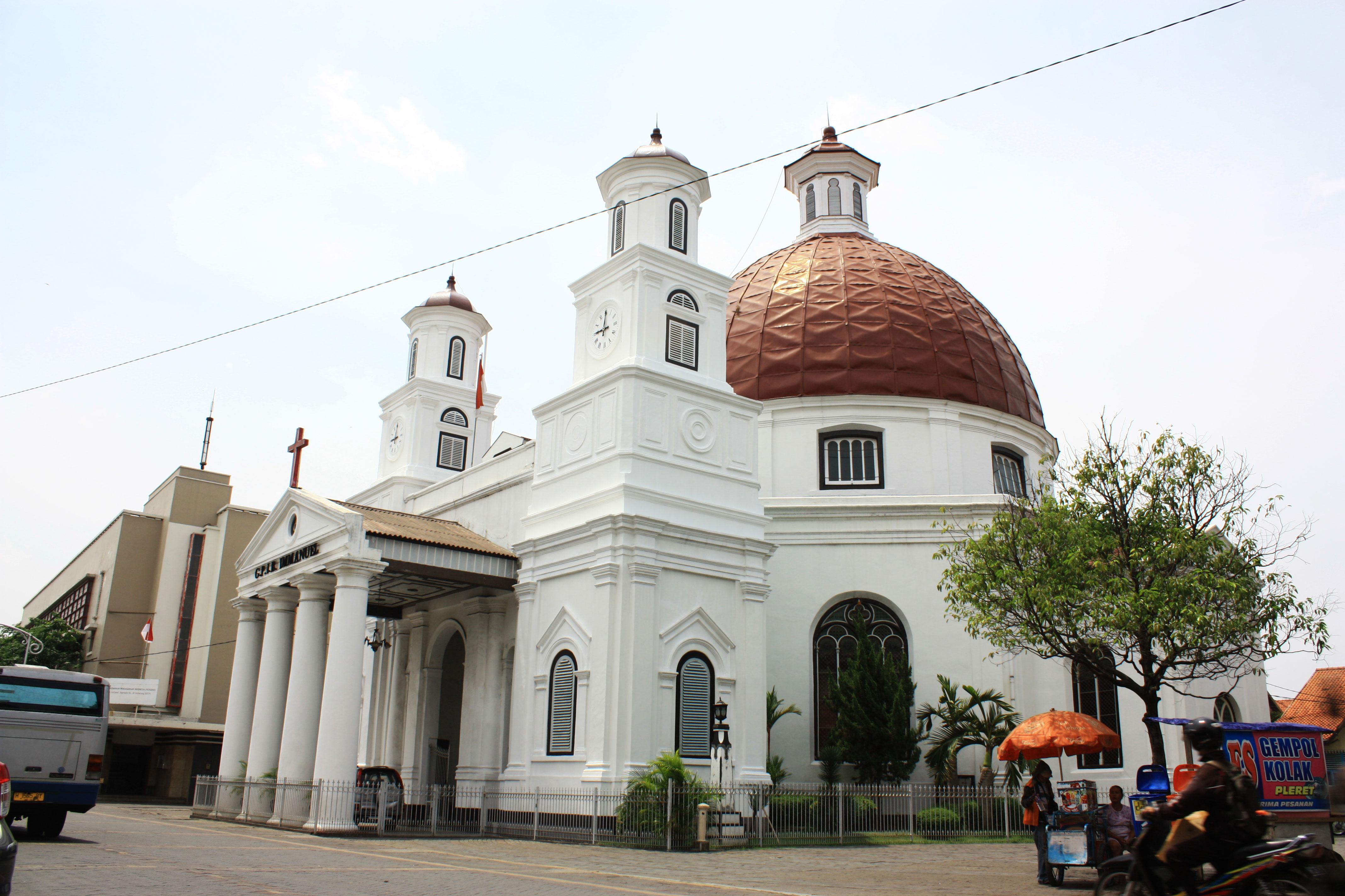 5 Objek Wisata Religi Semarang Bisa Dikunjungi Gereja Blenduk Kuliner
