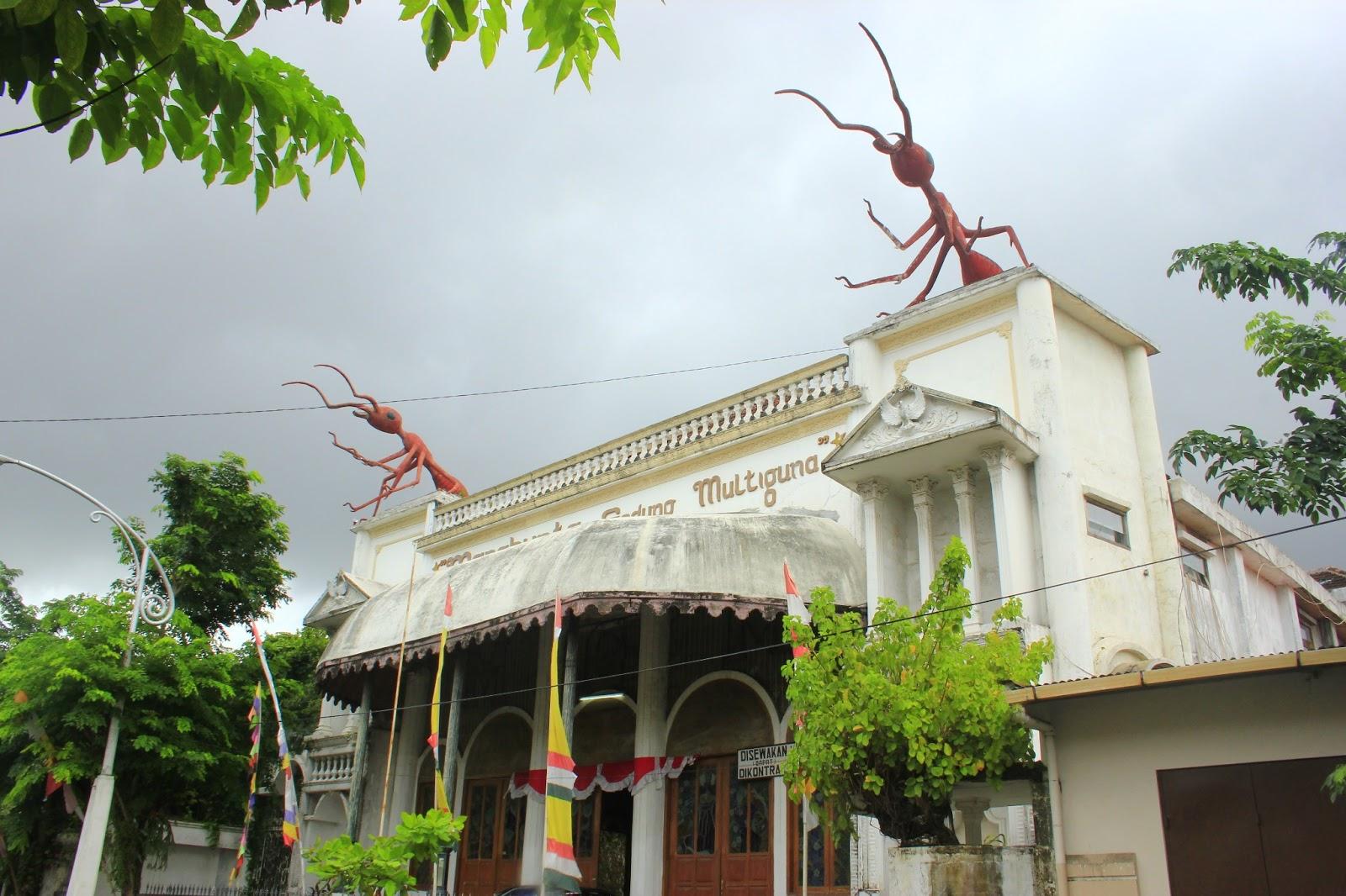 Netherland Ala Kota Semarang Ardiyanta Pula Satu Ikon Bangunan Patung