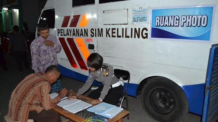 Pelayanan Sim Manunggal Jati Dipindah Samping Gereja Blenduk Semarang Kab