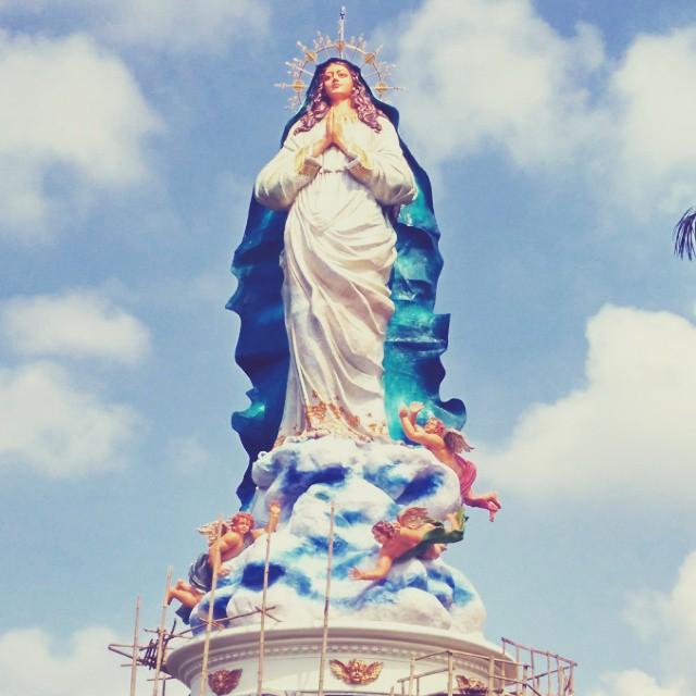 10 Patung Keagamaan Termegah Indonesia Klikhotel Bunda Maria Ambarawa Gua