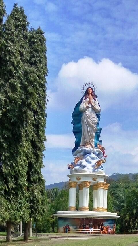 Mencicipi Nuansa Religi Wisata Gua Maria Kerep Ambarawa Patung Bunda