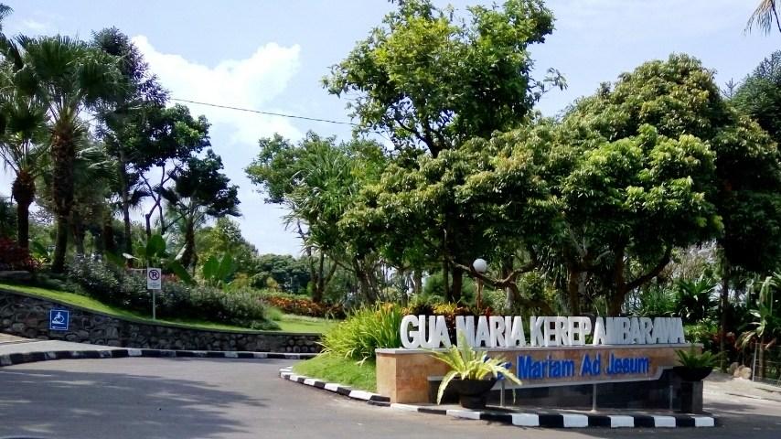Mencicipi Nuansa Religi Wisata Gua Maria Kerep Ambarawa Welcoming Sign
