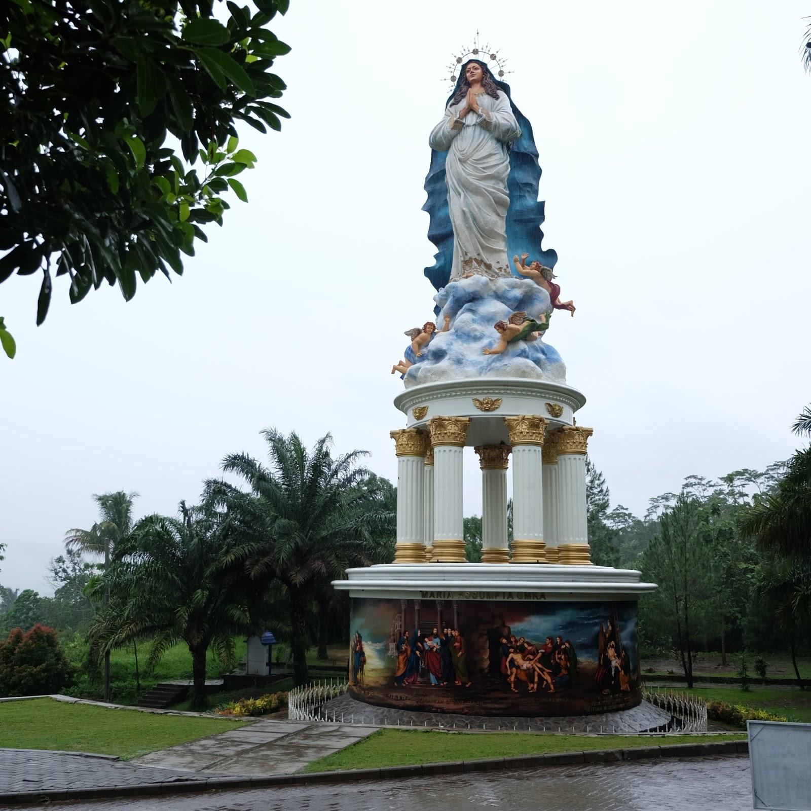 Patung Bunda Maria Assumpta Ambarawa Backpacker Jakarta Foto Red Magz