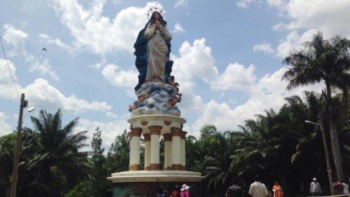 Suasana Gua Maria Kerep Ambarawa Siang Hari Natal Tribun Kab
