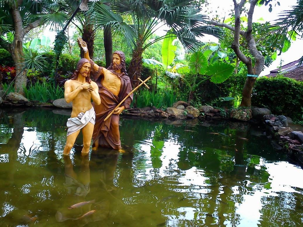 Wisata Religi Gua Maria Kerep Ambarawa Semarang Keberadaan Kios Souvenir