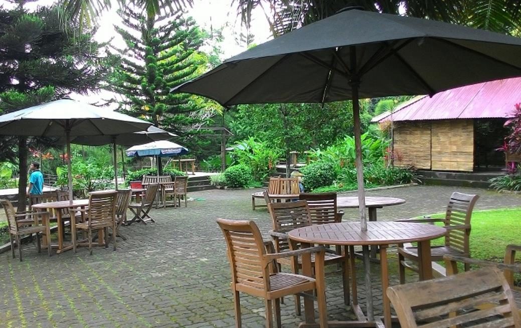 Fountain Waterpark Semarang Jungle Toon Kab