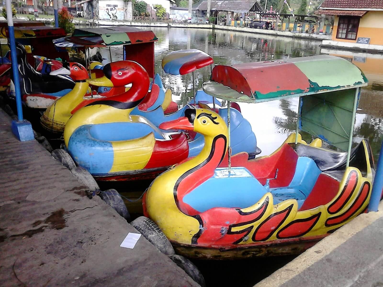 Sepeda Air Langen Tito Muncul Semarang Jungle Toon Waterpark Kab