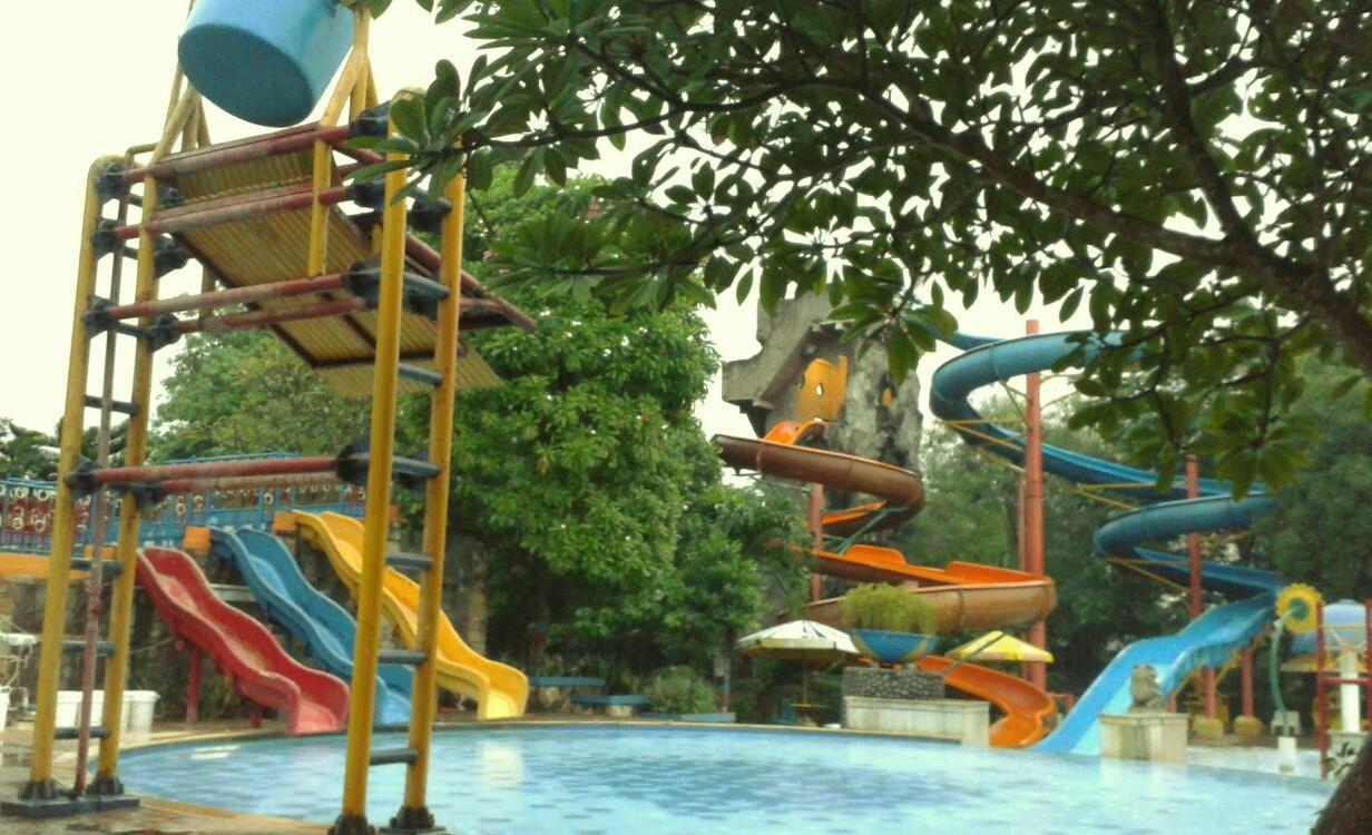 Waterboom Fun Park Bekasi Jungle Toon Waterpark Semarang Kab