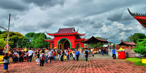Travel Semarang 25 Tourist Attractions Famous Sam Poo Kong Temple