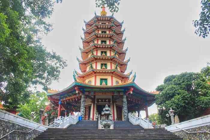 10 Kelenteng Pagoda Indonesia Kental Suasana Orientalnya Avalokitesvara Semarang Klenteng