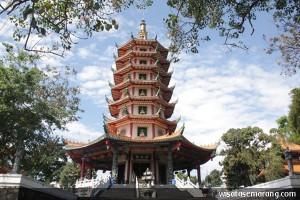 Pagoda Avalokitesvara Tertinggi Indonesia Wisata Semarang Klenteng Kab