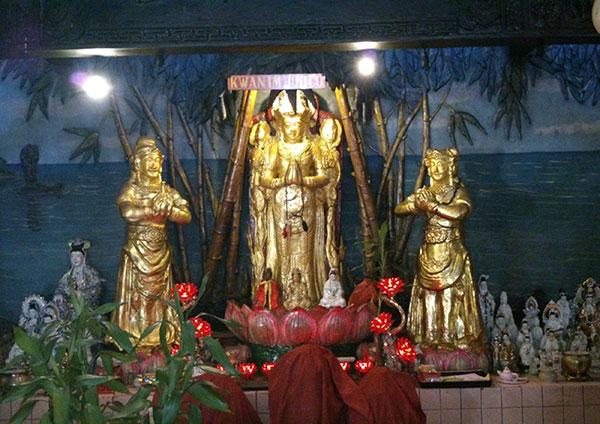 Sejarah Singkat Vihara Avalokitesvara Kwan Im Kiong Kelenteng Pamekasan Klenteng