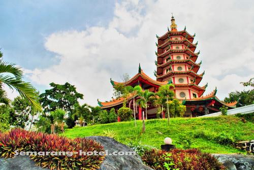 Sky Blue Side Objek Wisata Rekreasi Kota Semarang Pagoda Avalokitesvara