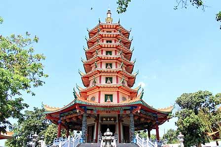 Tempat Wisata Vihara Buddhagaya Watugong Semarang Klenteng Avalokitesvara Kab