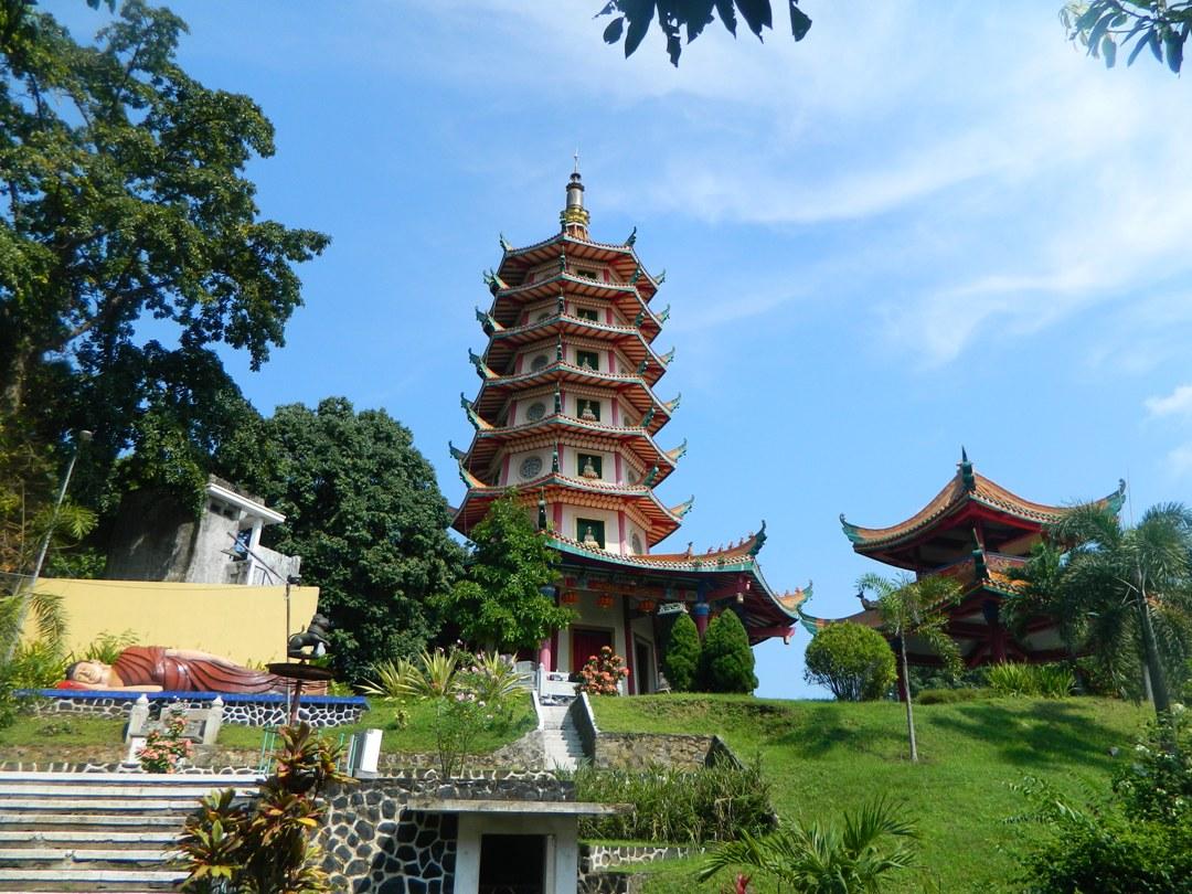 Wahanawisata Pagoda Avalokitesvara Semarang Melihat Bangunan Vihara Ala Cina Klenteng