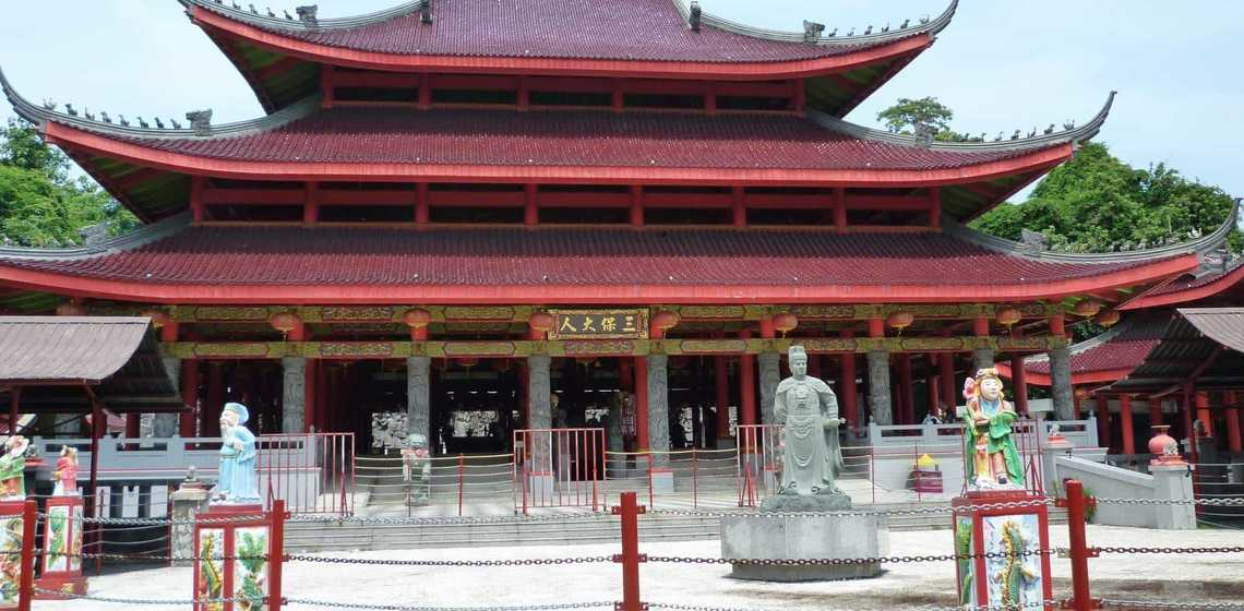 Berkunjung Klenteng Sam Po Kong Semarang Simak Informasi Berwisata Sejarah