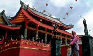 Klenteng Sam Poo Kong Padat Wisatawan Dinas Kebudayaan Po Kab