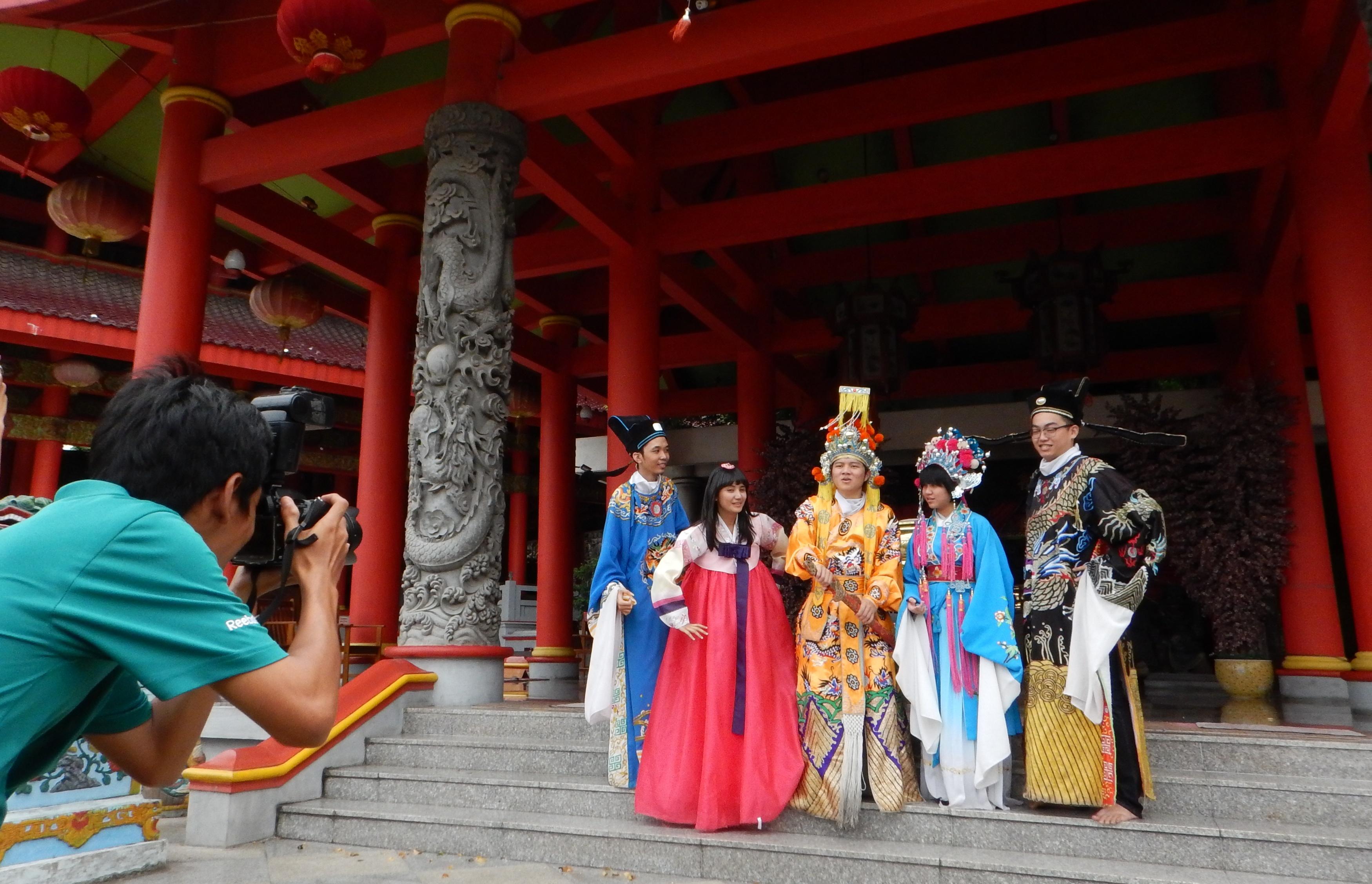 Sewa Kostum Khas Tiongkok Kelenteng Sam Po Kong Berita Daerah