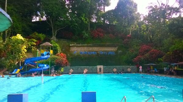 100 Tempat Wisata Semarang Sekitarnya Terkenal Kolam Renang Tirto Argo
