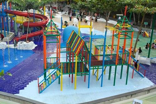 Semarang Lima Tempat Wisata Air Seru Water Blaster Kolam Renang