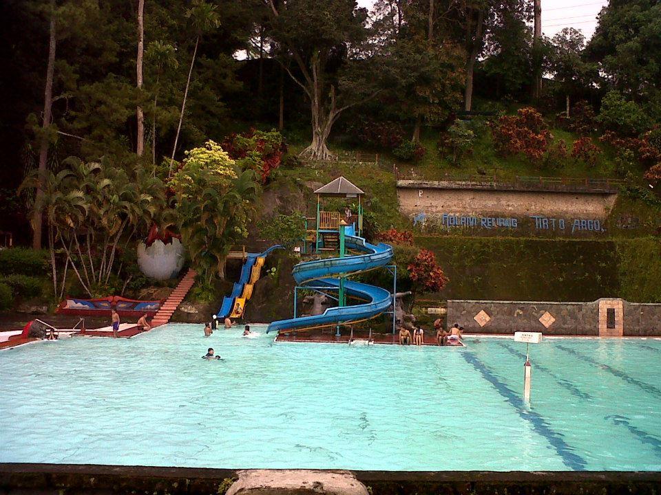 Taman Wisata Kolam Renang Tirto Argo Siwarak Ungaran Anak Papan