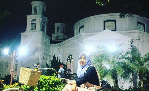 Kota Semarang Sebuah Cerita Keindahan Sejarah Malam Hari Kab