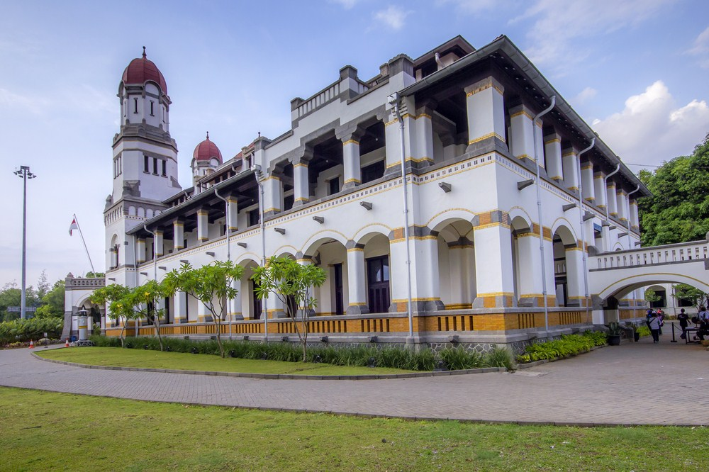 45 Tempat Wisata Semarang Wajib Dikunjungi Waktu Liburan Lawang Sewu