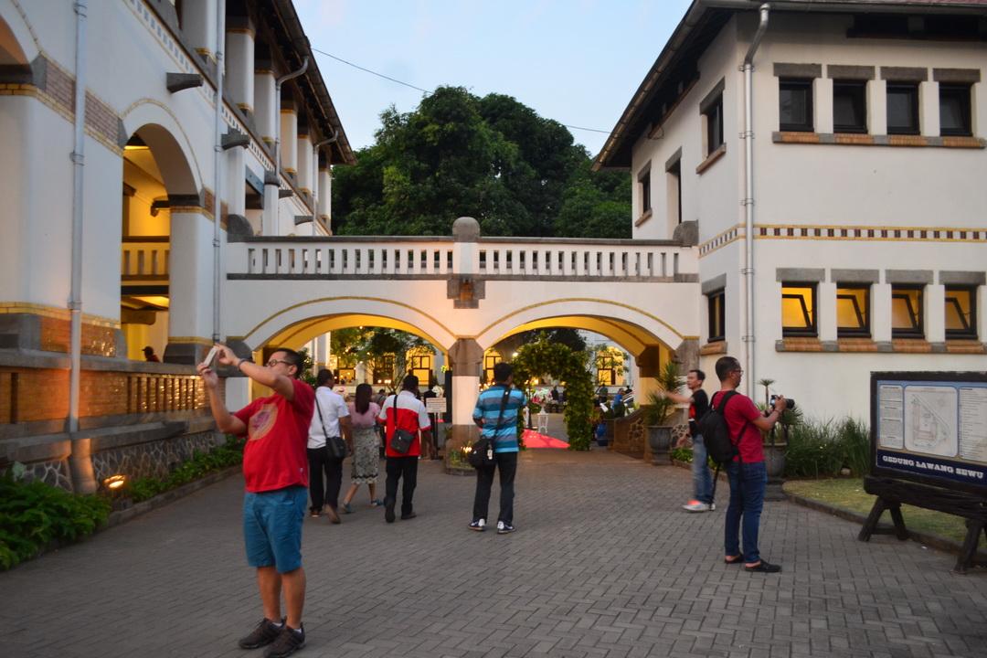 Daftar Lengkap 25 Tempat Wisata Semarang Terkenal Lawang Sewu Ikon