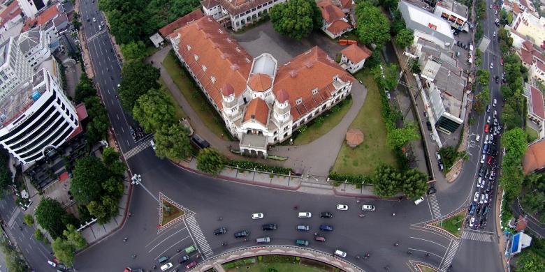 Lawang Sewu Dikunjungi 1 500 Wisatawan Hari Kompas Bangunan Semarang