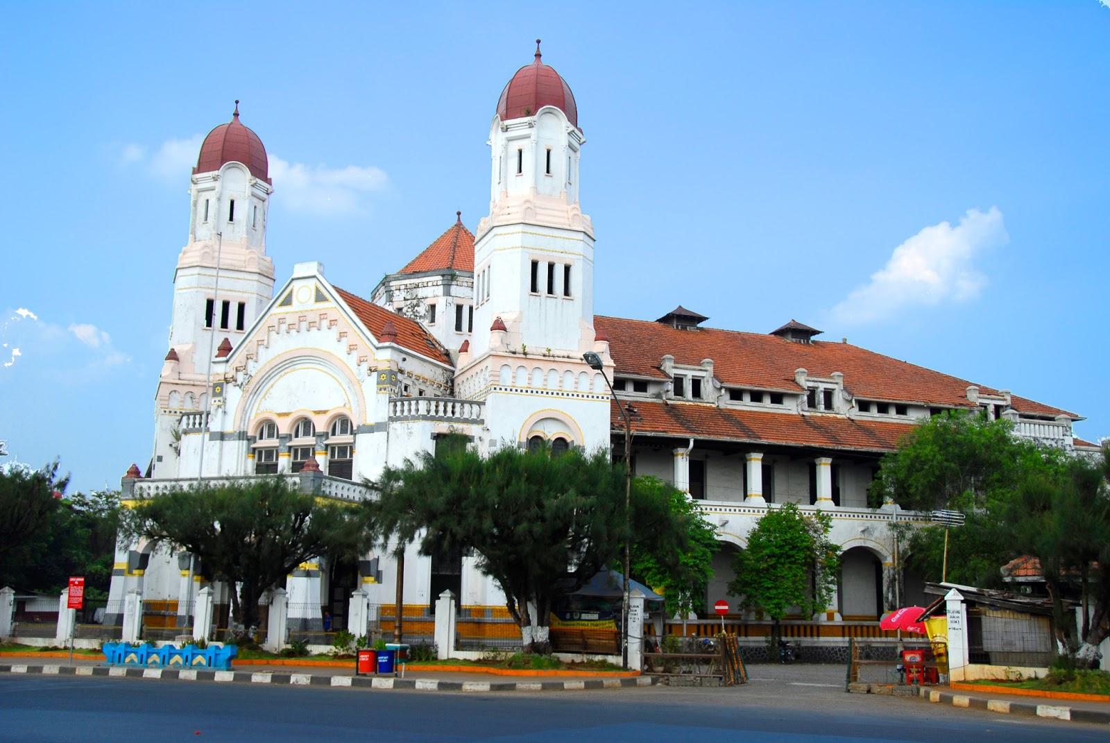 Lawang Sewu Semarang Amazing Indonesiaku Membahas Salah Satu Bangunan Cukup
