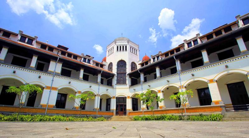 Lawang Sewu Tempat Favorit Ngabuburit Semarang Indonesian Heritage Kab
