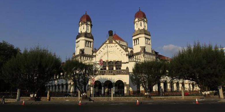 Wisatawan Keluhkan Fasilitas Parkir Lawang Sewu Kompas Semarang Jawa Tengah