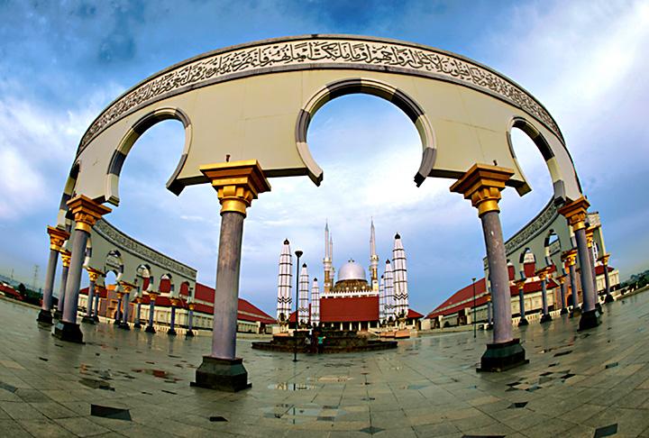 Masjid Agung Jawa Tengah Bakpia Mutiara Jogja Semarang Kab