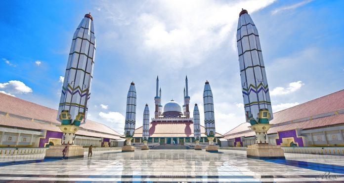 Masjid Agung Semarang Termegah Indonesia Dinas Termasuk Menyimpan Keistimewaan Tersendiri