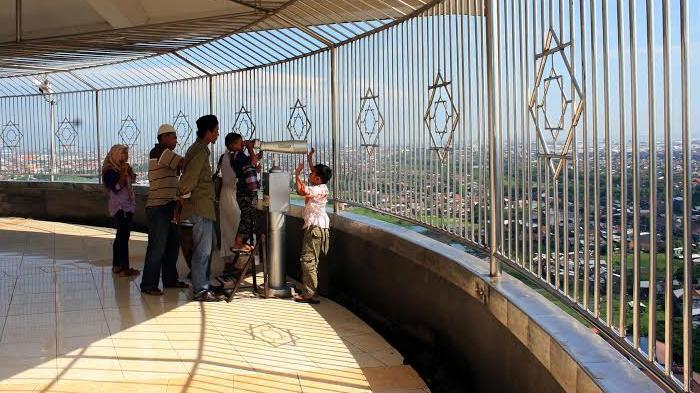 Menara Asmaul Husna Majt Semarang Tempat Pas Memandang Indahnya Seantero