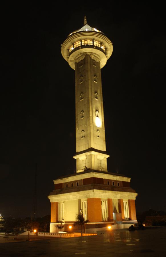 Menara Masjid Agung Jawa Tengah Belajar Bersama Kangbenu Majt Temen