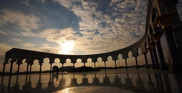 Wisata Religi Masjid Agung Jawa Tengah Potensi Jateng Sedikit Dipengaruhi