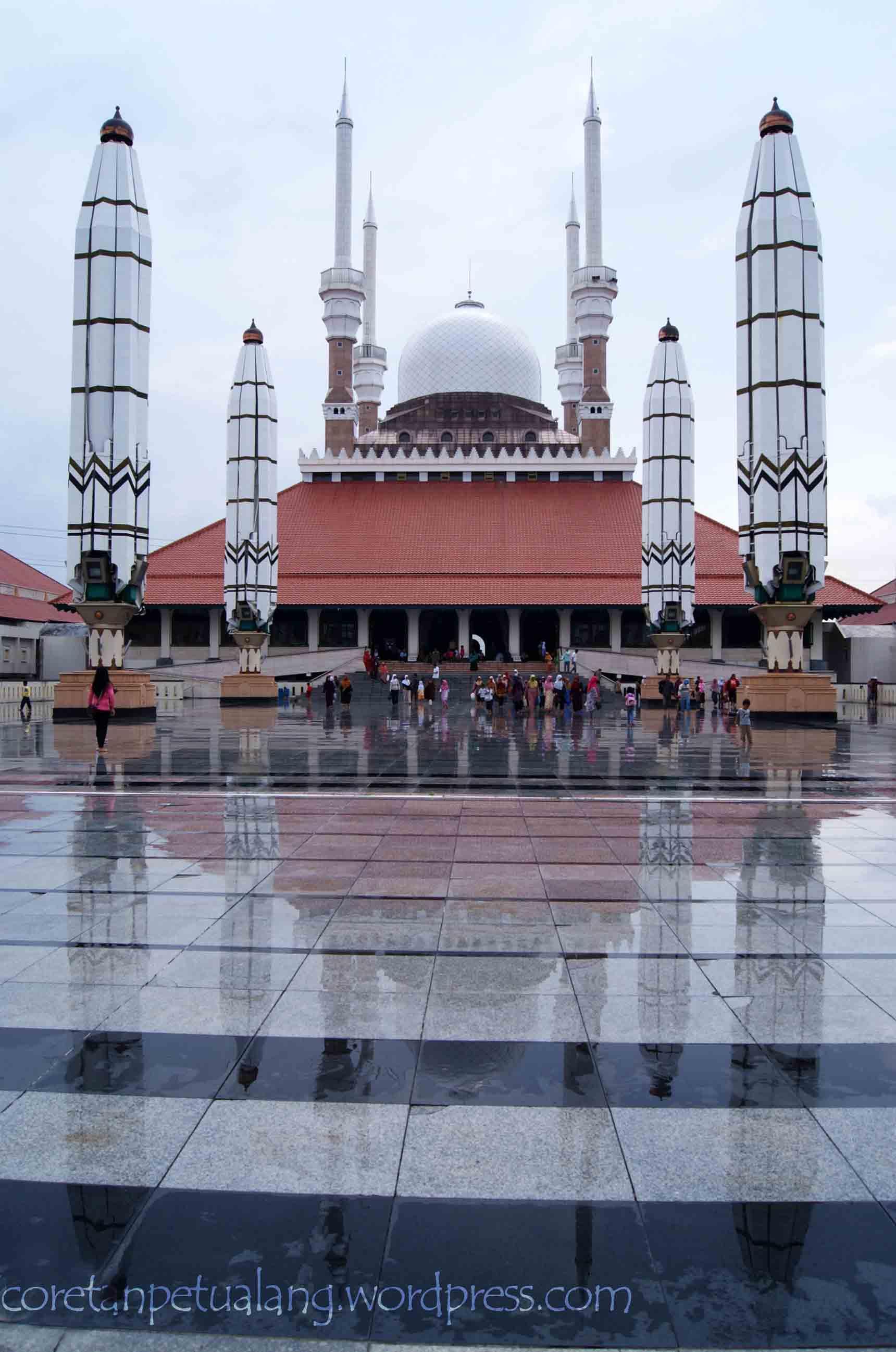 Masjid Agung Jawa Tengah Berbagai Sisi Coretanpetualang Blog Berbagi Ungaran