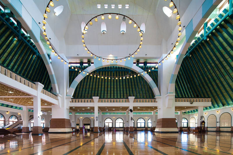 Ruang Utama Masjid Agung Jateng Javaloka Ungaran Kab Semarang