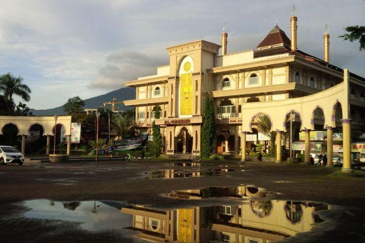 Sambut Gerhana Bulan Warga Semarang Tabuh Beduk Gelar Masjid Agung