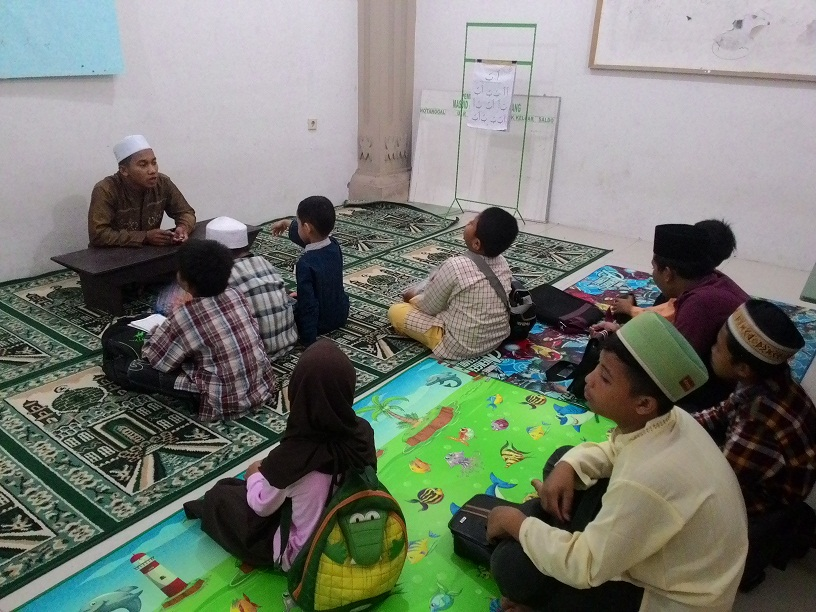 Semarang Coret Belajar Mengaji Tpa Mesjid Al Mabrur Ungaran Kab