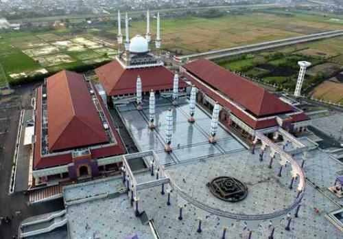 Wisata Religi Masjid Agung Jawa Tengah Kota Semarang Kauman Kab