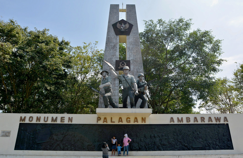 Monumen Palagan Ambarawa Berita Daerah Wisatawan Domestik Berfoto Jateng Jumat
