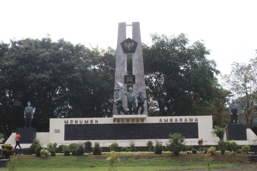 Nina Razan Kabupaten Semarang Indonesia Monumen Palagan Ambarawa Kab