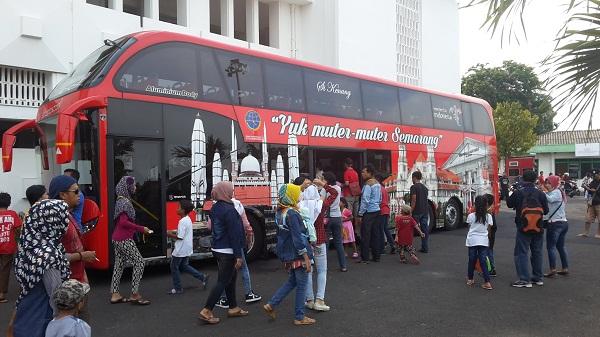 Industri Semarang Bergeser Manufacture Tourism Pemerintah Suasana Antrian Masyarakat Cukup