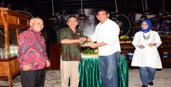 Kafe Wedangan Museum Mandala Bhakti Daerah Tugu Muda Dienjoybisnis Kab