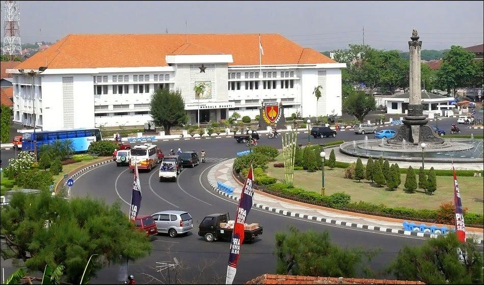 Kunjungi 10 Tempat Keren Foto Pre Wedding Semarang Museum Mandala