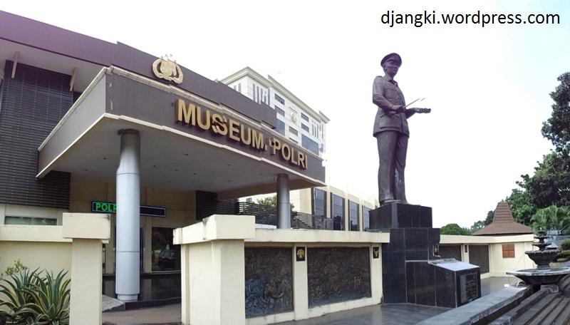 Jejak Terorisme Museum Polri Djangki Luar Dipajang Kendaraan Operasional Polisi